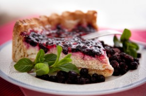 Creamy Huckleberry Pie